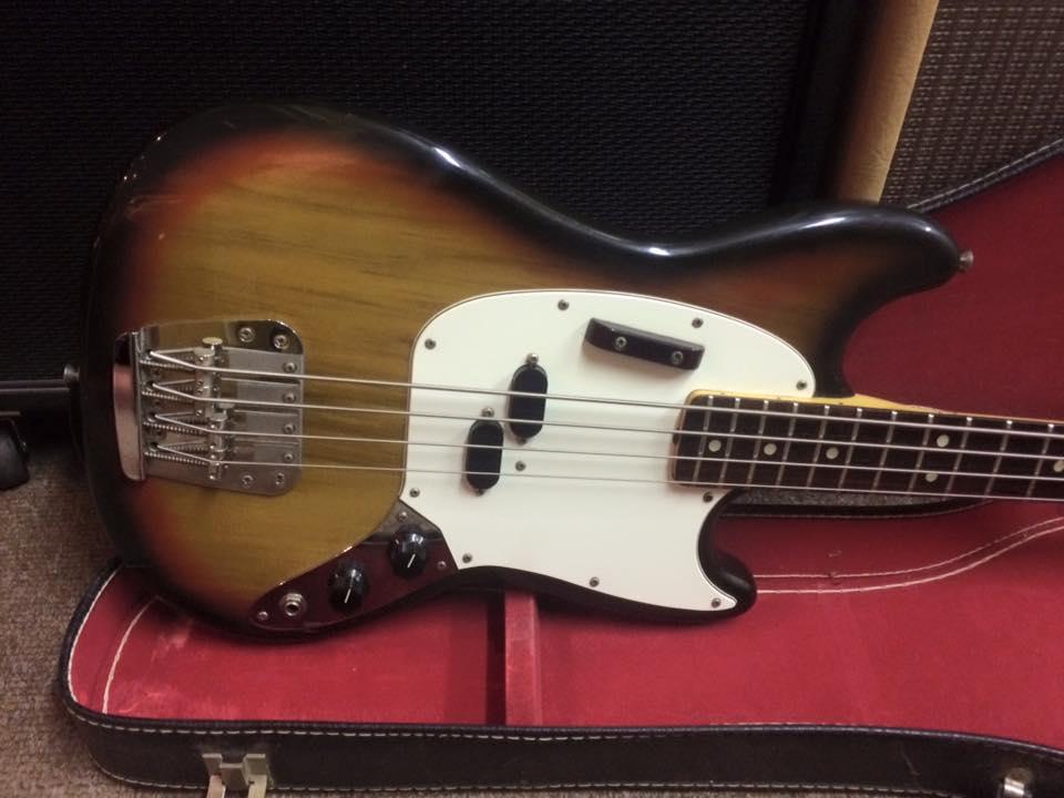 Fender Mustang Bass 1975 Sunburst Bass For Sale Jimi's ...  Fender Mustang ...