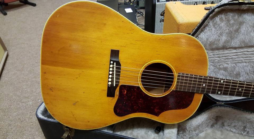 gibson j50 1957 natural guitar for sale jimi 39 s music store. Black Bedroom Furniture Sets. Home Design Ideas
