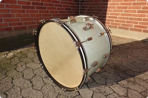 slingerland usa vintage 1950 white marine pearl drum percussion for sale plektrum. Black Bedroom Furniture Sets. Home Design Ideas