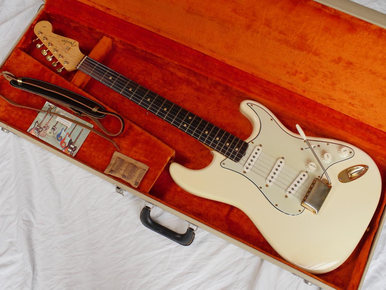 Vintage Fender Strats 119