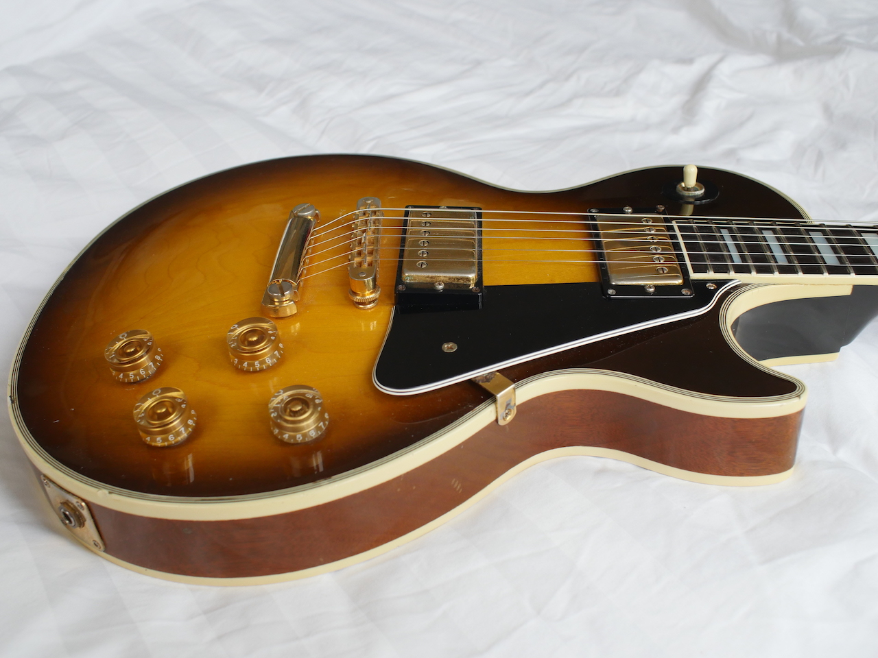 gibson les paul custom 1990 vintage sunburst guitar for sale atoyboy guitars. Black Bedroom Furniture Sets. Home Design Ideas
