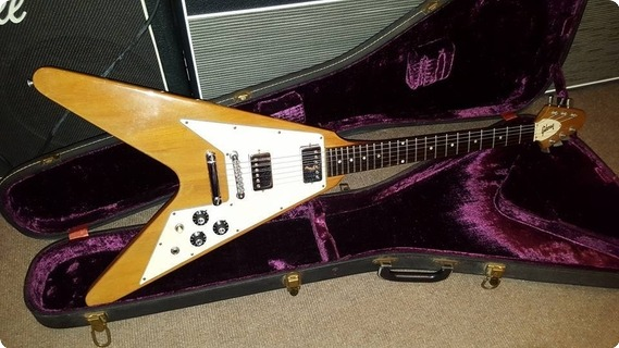 gibson flying v 1975 natural guitar for sale jimi 39 s music store. Black Bedroom Furniture Sets. Home Design Ideas