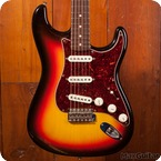 Fender Stratocaster 2013 Three Tone Sunburst