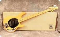 Music Man Stingray 1977