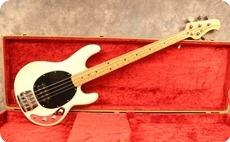 Music Man Stingray 1979 White