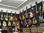 Wutzdog-Guitars | 3
