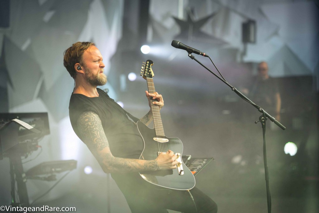Thomas Andersson with JMT Custom from Dubré Guitars