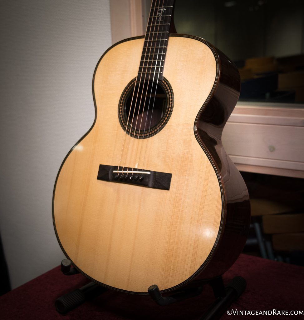 Handmade jumbo from Fredholm Guitars