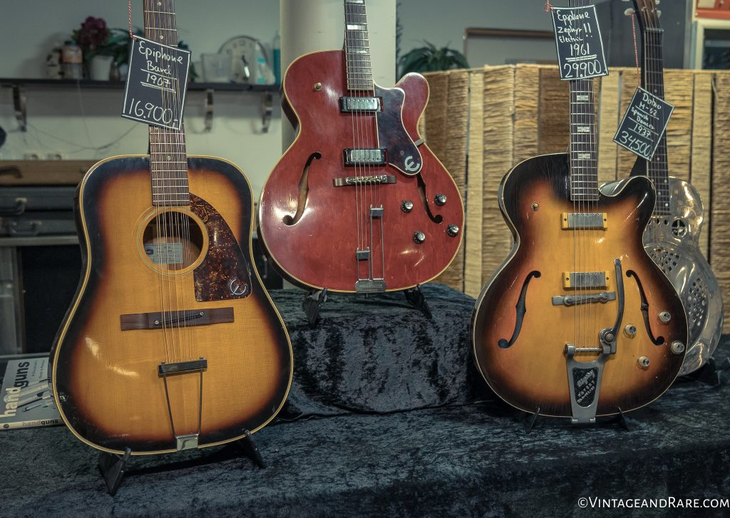 Woodstock Guitars