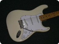 Fender-69-Reverse-Stratocaster-Voodoo-Upgrades-2002-Olympic-White