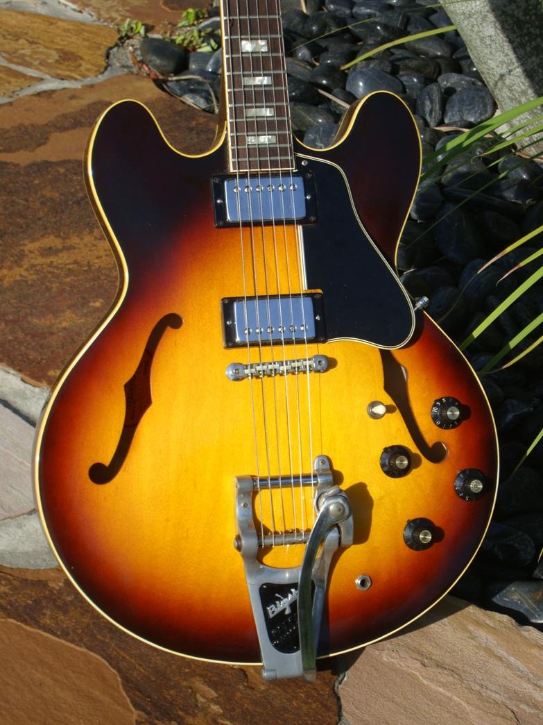 gibson es 335 1967 sunbearst guitar for sale. Black Bedroom Furniture Sets. Home Design Ideas
