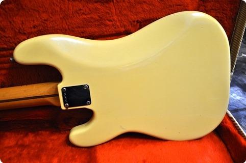 Fender Precision American Reissue #57 Fullerton Avri 1982 Vintage White