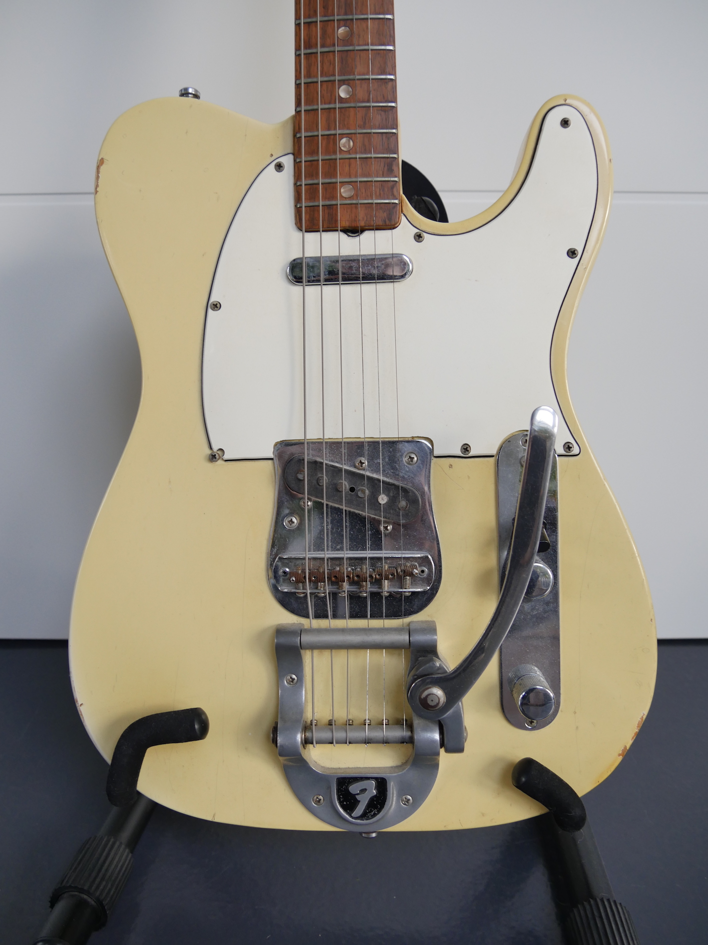 fender telecaster with bigsby 1968 olympic white guitar for sale. Black Bedroom Furniture Sets. Home Design Ideas