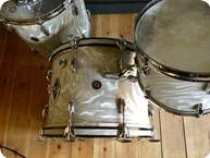Gretsch Vintage Round Badge 1963 Silver Satin Flame