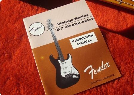 Fender Stratocaster 57 Avri Fullerton American Vintage Reissue '57 1984 Sunburst