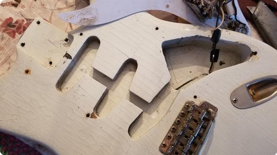 Fender Stratocaster 1958 White Body/maple Neck