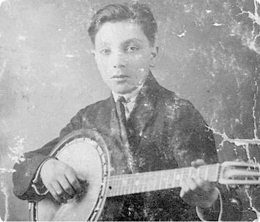 Clavero Banjo Guitar Natural
