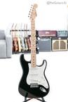 Fender-Eric-Clapton-Signature-Stratocaster-Blackie-USA-Artist-Series-2008-Black