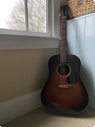 Gibson J 45 1945 Sunburst