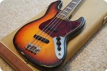 Fender-Jazz-Bass-1968-Sunburst
