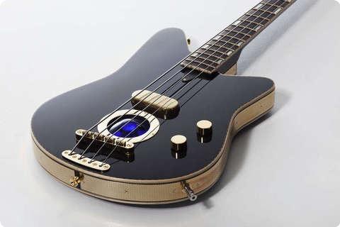 Versoul Raya Bass 4 Black, Sunburst, Terracotta