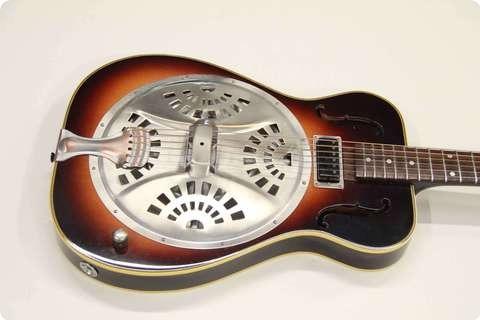 Pavel Maslowiec Custom Guitars Resonater Guitar Sunburst