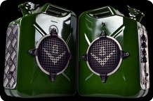 V8 T.A.N.K 20W Travel Set 2012 British Green