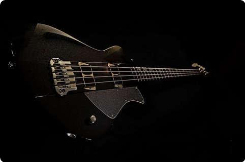 Tao Guitars Charger