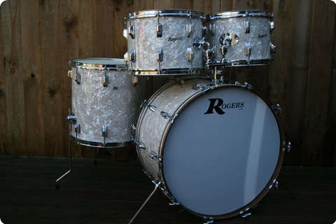 rogers usa holiday powertone 1960 39 s re wrap antique white marine pearl drum for sale rusty drums. Black Bedroom Furniture Sets. Home Design Ideas