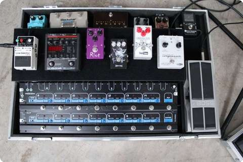 Custom Pedal Boards Medium Gigrig Pro 14 Board (made To Order)