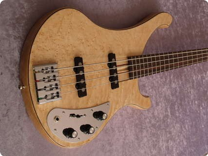 Schloff Guitars Rocktyfier 4 String Natural