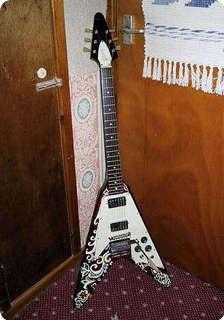gibson jimi hendrix s flying v 1967 guitar for sale rock stars guitars. Black Bedroom Furniture Sets. Home Design Ideas
