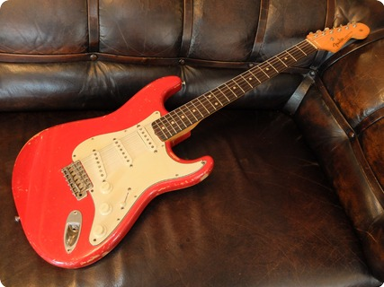 Fender Stratocaster Dakota Red
