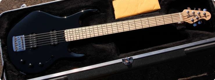 Music Man Silhouette Bass Guitar 2013 Black