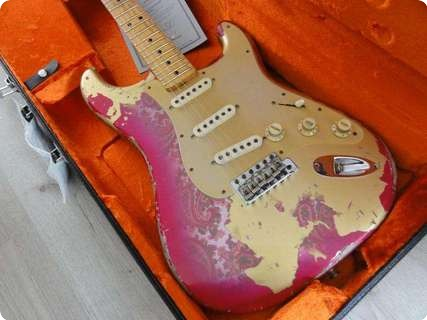 Fender Stratocaster 1969 Masterbuilt Ultimate Relic 2013 Aztec Gold Over Paisley
