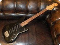 Fender Vintage Musicmaster 1978 Black