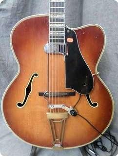 Levin Deluxe 1949 Amberburst