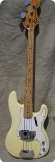 Fender Precision Bass 1972 White Creme