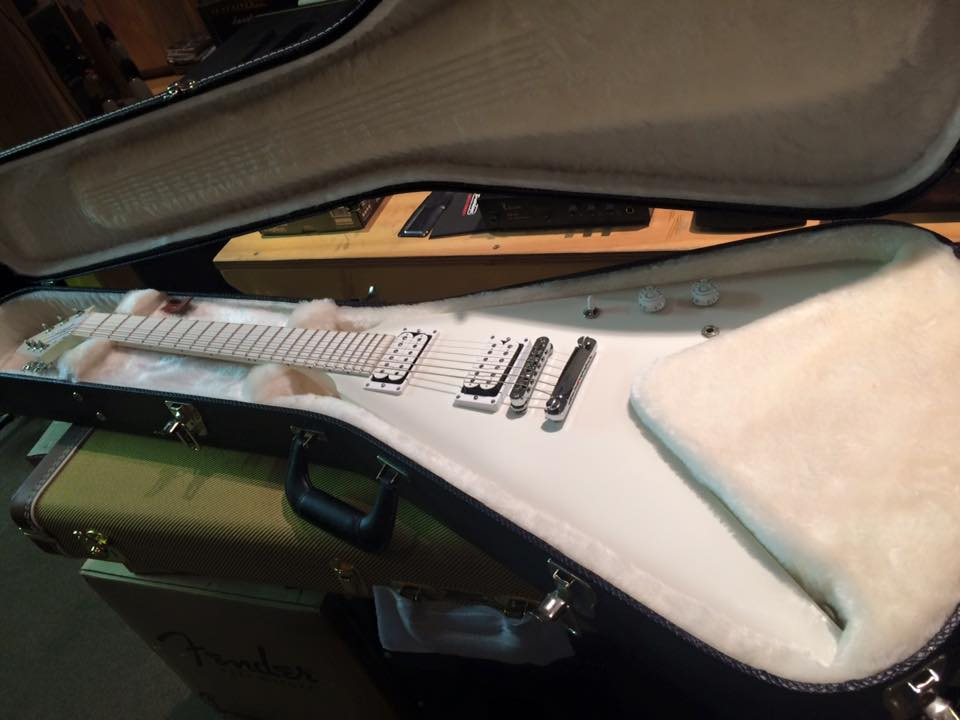 gibson snow falcon flying v 2013 snow burst guitar for sale jimi 39 s music store. Black Bedroom Furniture Sets. Home Design Ideas