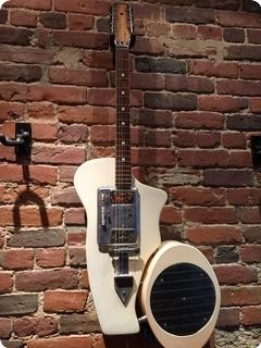 Wandre Bikini Guitar + Amp Bizarre Guitar 1961 White
