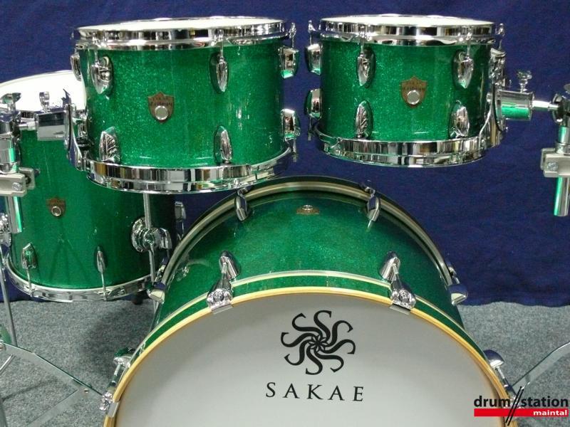 SAKAE Trilogy Bassdrum 20x14 Green Sparkle