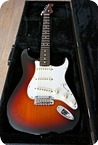 Fender Stratocaster Ltd. Edition 0ne piece Rosewood Neck 2015 Three Tone Sunburst