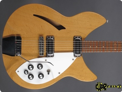 Rickenbacker Model 335 1966 Mapleglo (natural)