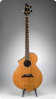Breedlove B22 2017 Bearclaw   Spruce/walnut