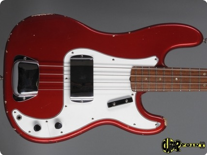 Fender Precision 1966 Candy Apple Red
