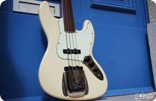 Fender Jazzbass 2005 Vintage White