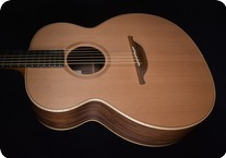 George Lowden O 23 2003 NATURAL