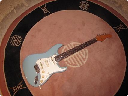 Fender Stratocaster 1965 Daphne Blue (refin)