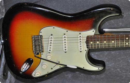 Fender Stratocaster (with Cites Certificate) 1965 Sunburst