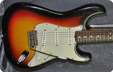 Fender Stratocaster with CITES Certificate 1965 Sunburst
